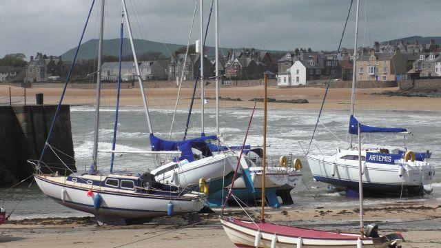 S1100010 Elie harbour